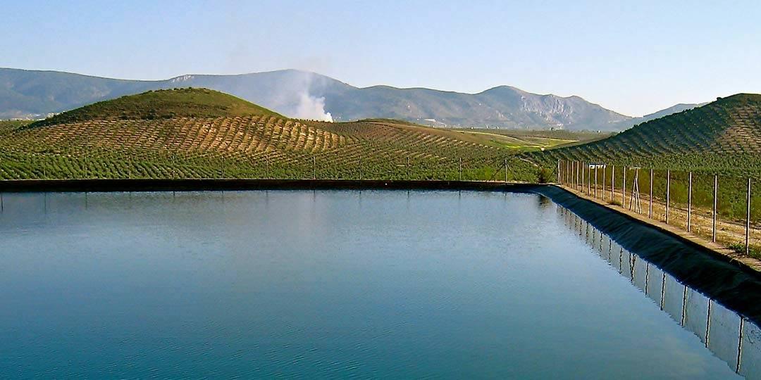 water reservoir wells